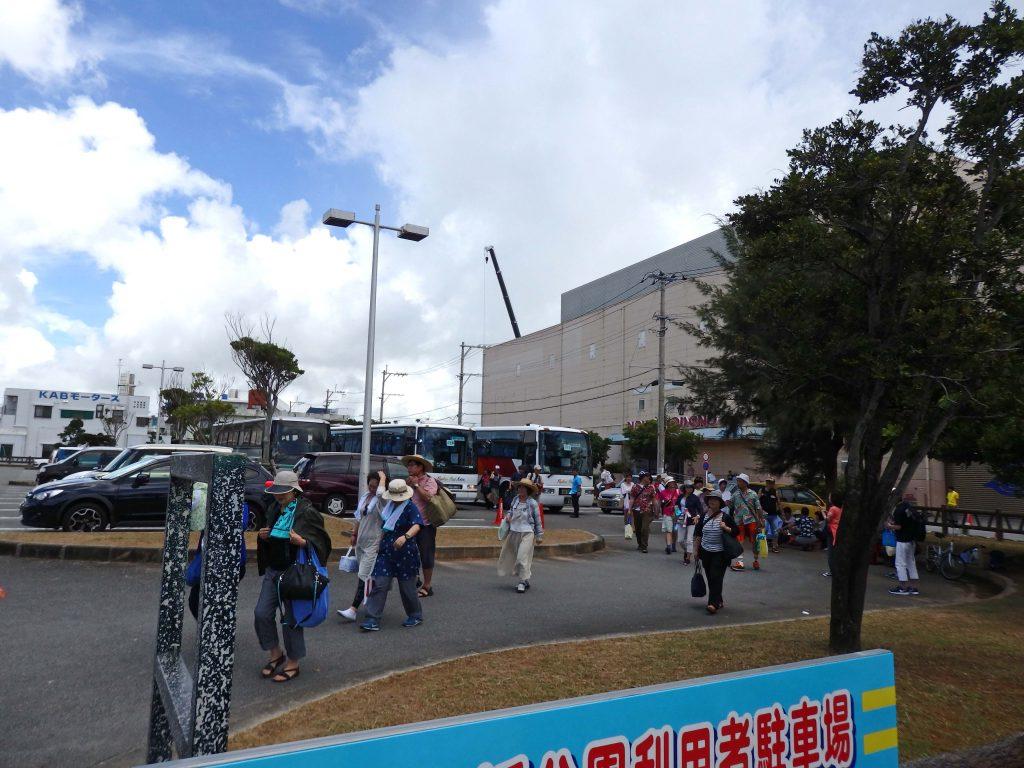 駐車場ーうたの日コンサート