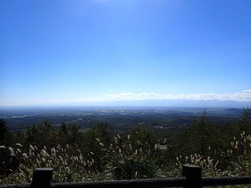 扇ヶ原展望台からの十勝平野