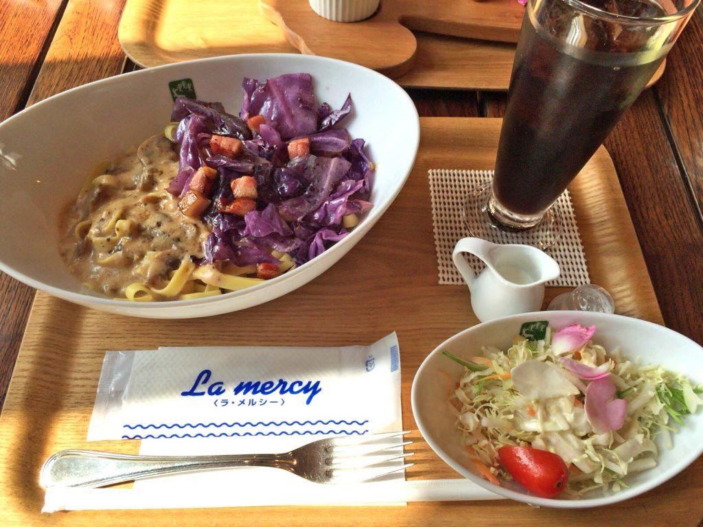 季節野菜のパスタとかちマッシュのクリームソース