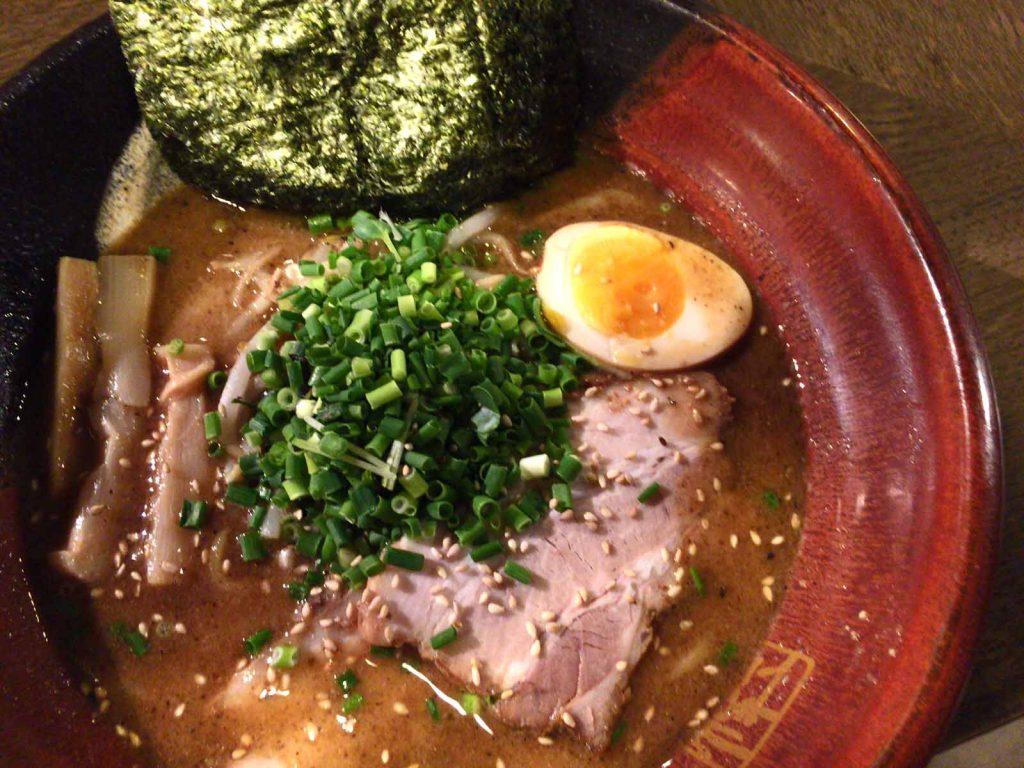 濃厚魚介焙煎ごま味噌ラーメン