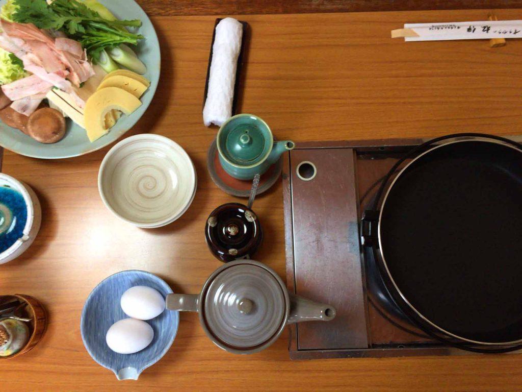 すき焼き鍋の準備