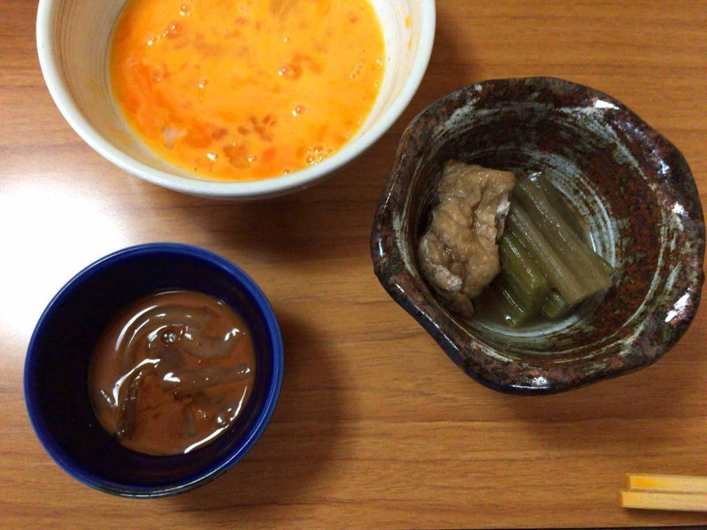 煮物と塩辛の小鉢