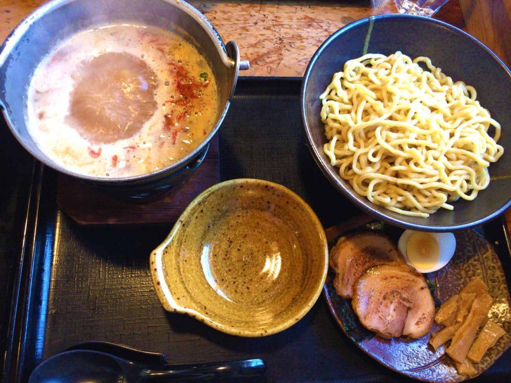 味噌あつ麺、細ちぢれ麺・中盛