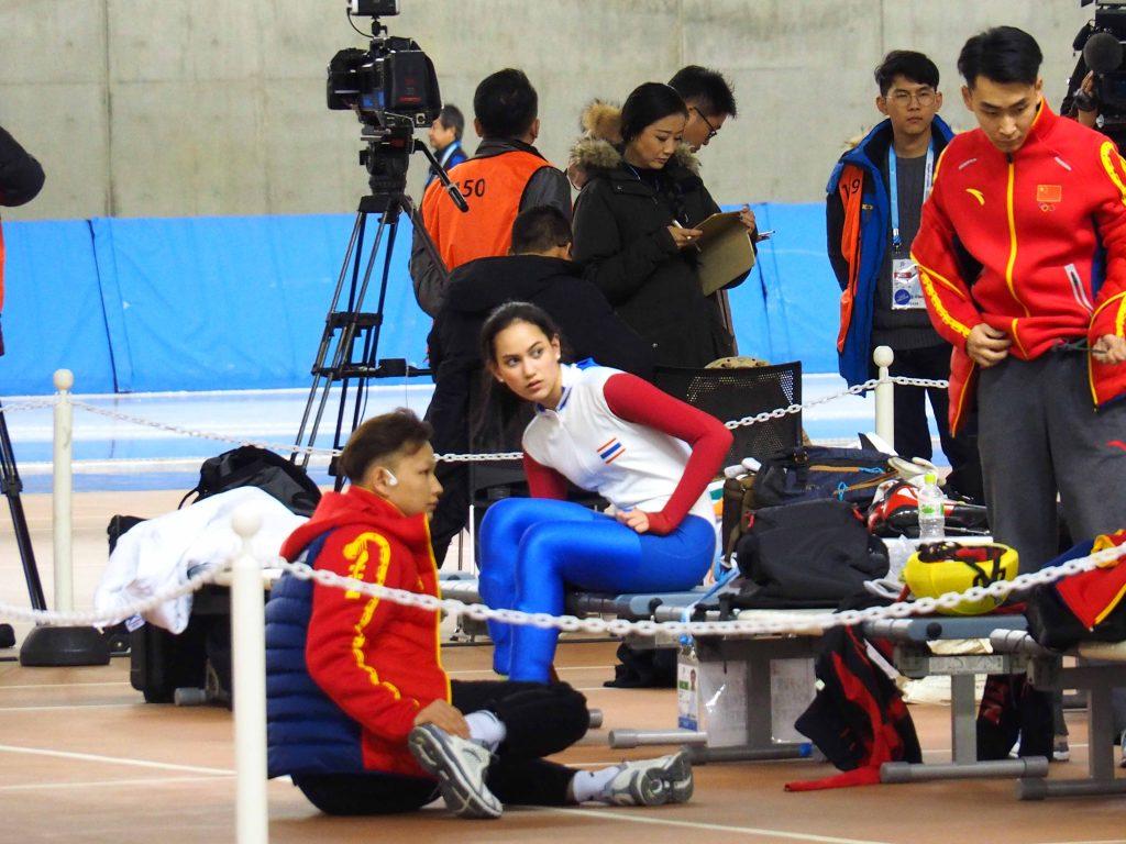 カザフスタンの選手(5番)